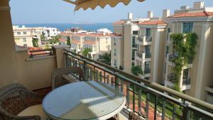 Flores Garden Beach Residence, Apartmány  Chernomorets - big - 21