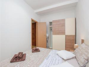 One-Bedroom Apartment in Sibenik, Apartmány  Šibenik - big - 20