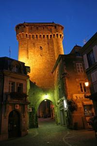 A La Porte Saint Jean