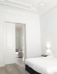 White room 2