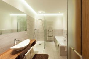 Hotel Schlosswirt - AbcAlberghi.com