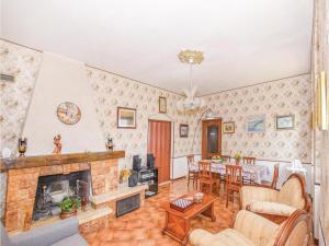 Villa Paolina, Prázdninové domy  Gardone Riviera - big - 10