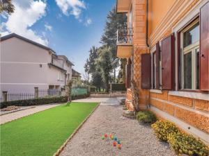 Villa Paolina, Prázdninové domy  Gardone Riviera - big - 17