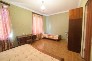 Guest House sweet home, Penzióny  Gori - big - 80