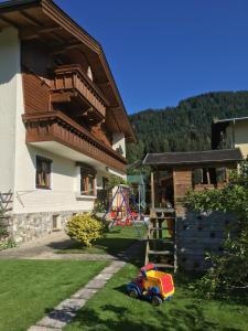 Haus Waldruh, Ferienwohnungen  Niederau - big - 14