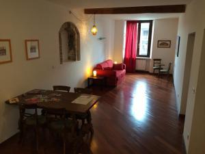 Appartamento Teatro Romano - AbcAlberghi.com