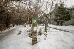 Bozeman30 - Trailside Retreat, Prázdninové domy  Bozeman - big - 2