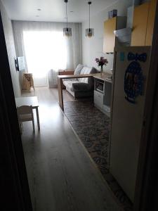 kvartira ul.pushkina 124b, Apartmány  Volzhskiy - big - 8