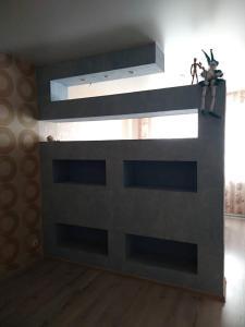 kvartira ul.pushkina 124b, Apartmány  Volzhskiy - big - 14