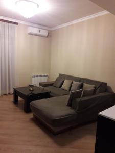 Brand New Apartment with Terrace, Apartments  Tbilisi City - big - 41