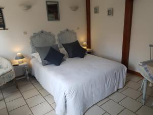 Le clos d'Arry, Bed and Breakfasts  Arry - big - 7