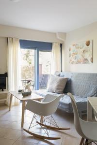 Khouses II, Appartamenti  Città di Lefkada - big - 14
