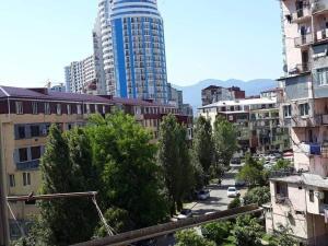 rent, Apartmány  Batumi - big - 10