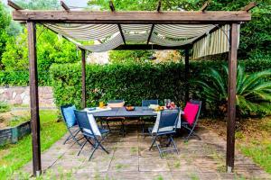 Casa Rebecca in Tellaro - AbcAlberghi.com