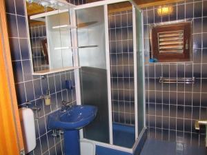 Triple Room Brist 15620d, Penzióny  Brist - big - 2