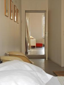 B&B Bloc G, Bed and Breakfasts  Carcassonne - big - 7
