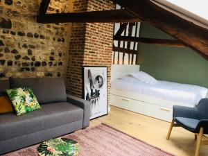 Le Six, Bed & Breakfast  Honfleur - big - 21