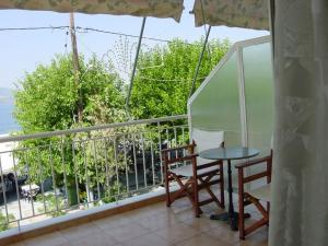 Glaros Studios, Apartmány  Loutra Edipsou - big - 4
