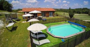 Villa Les Roses Noires, Case vacanze  Singleyrac - big - 27