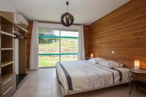 Villa Les Roses Noires, Case vacanze  Singleyrac - big - 36