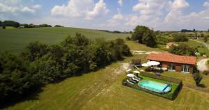 Villa Les Roses Noires, Case vacanze  Singleyrac - big - 38