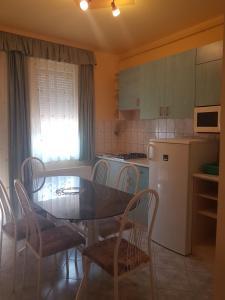 Richie II. Apartman, Appartamenti  Siófok - big - 22
