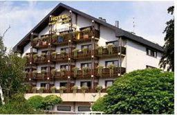 Hotel Stadt Gernsbach, Szállodák  Gernsbach - big - 1