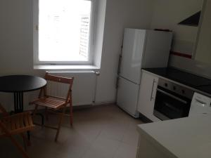 One-Bedroom Apartment with a separate Kitchen, Elevator (52 m2)