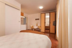 Apartments Alice, Apartments  Rovinj - big - 106
