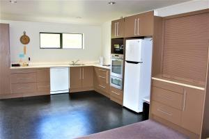 Cozy Home, Prázdninové domy  Rotorua - big - 16