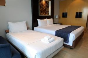 Premier Room with Balcony (3 Adults)