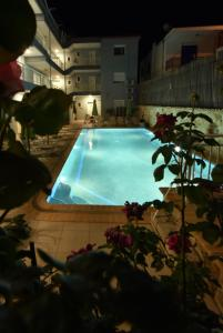 Kiwi Hotel, Hotels  Nea Fokea - big - 23