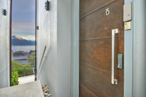 Luxury on the Lake, Apartmanok  Queenstown - big - 35