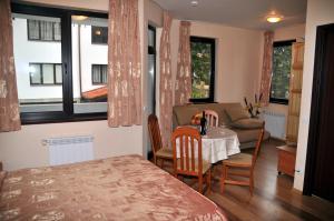 TES Flora Apartments, Apartments  Borovets - big - 15