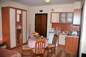 TES Flora Apartments, Apartments  Borovets - big - 16