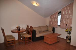 TES Flora Apartments, Apartments  Borovets - big - 109