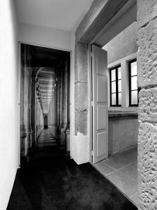 Petit Hôtel Confidentiel, Отели  Шамбери - big - 9