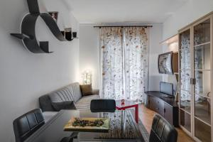 Amazing chic apartment in the full centre of Milan - AbcAlberghi.com