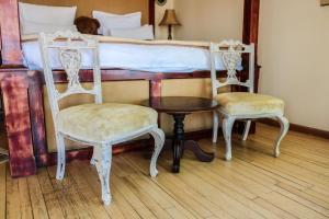 Habitación Doble con cama grande 2