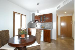 Apartamentos El Tranco del Mar, Apartmány  Almuñécar - big - 16