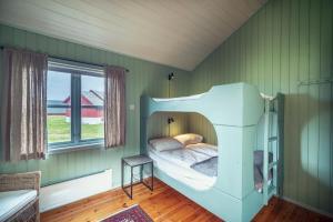Håholmen Havstuer, Hotel  Karvåg - big - 15