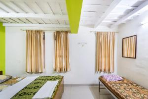 Room in a homestay in Wayanad, by GuestHouser 27998, Privatzimmer  Sultan Bathery - big - 11