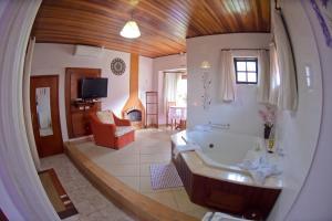 Pousada Villa Da Montanha, Penzióny  São Bento do Sapucaí - big - 13