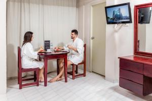 Hotel Maria del Carmen, Отели  Мерида - big - 5