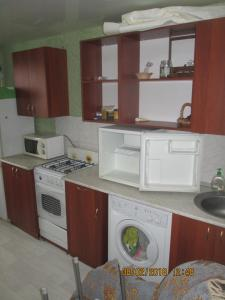 Apartment on 40 let Pobedy 57, Appartamenti  Volzhskiy - big - 8