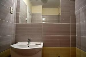 Pension Grant Lux Znojmo, Отели типа «постель и завтрак»  Зноймо - big - 52