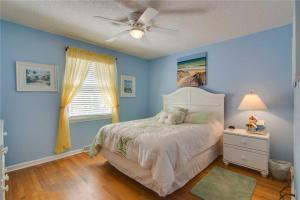 44th Avenue 13 Holiday Home, Nyaralók  Isle of Palms - big - 23