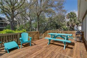44th Avenue 13 Holiday Home, Nyaralók  Isle of Palms - big - 28