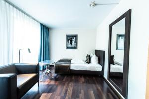 Mauritius Hotel & Therme, Отели  Кельн - big - 46