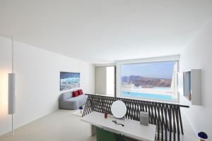 Alti Santorini Suites, Villas  Megalokhori - big - 89
